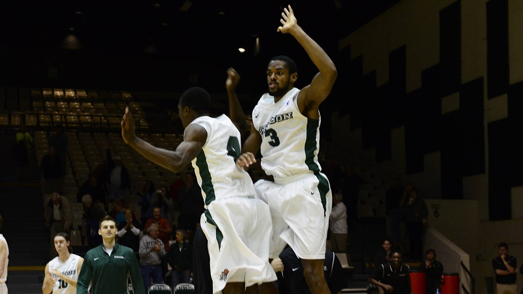 Green's Game-Winner Lifts Hatters Over FAU, 64-62