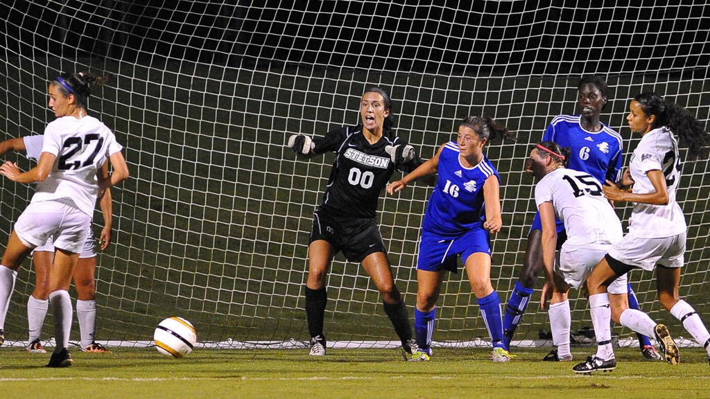 Women's Soccer Plays to 0-0 Draw in Season Opener